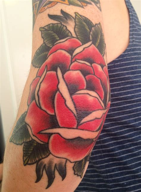 rose tattoo on elbow pin by daniel on ideas