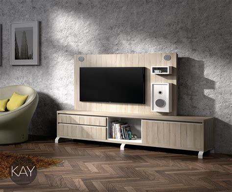 patas metalicas en el mueble tv  tener  mueble muy