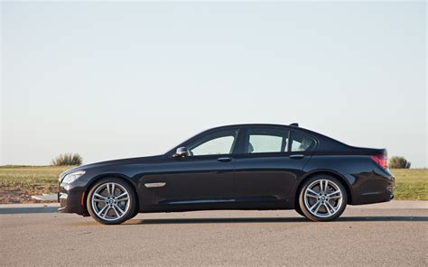 2013 Bmw 750I Side Photo #43423397   Automotive.com