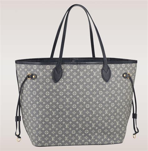 Lv Neperful The Ultimate Bag Guide The Louis Vuitton Neverfull Tote