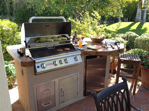 outdoor kitchen the backyard grills