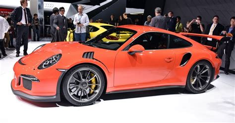 fastest porsche porsche s 911 gt3 rs is the fastest 911 around