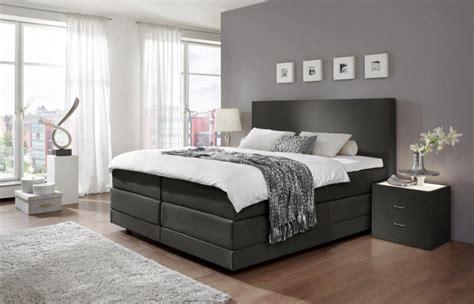 schwarzes und graues schlafzimmer schlafzimmer einrichten graues bett die besten graues bett