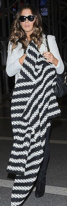 Kate Beckinsales Prada Purse by Kate Beckinsale Style On Kate Beckinsale
