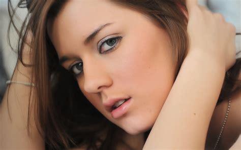 imagenes de chicas rockeras lindas rostros femeninos hermosos y delicados im 225 genes taringa