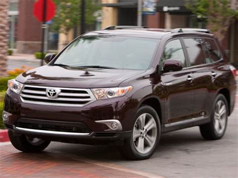 2008 toyota highlander pricing ratings reviews kelley blue book 2011 toyota highlander pricing ratings reviews kelley blue book