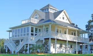 house plans on pilings elevated beach house plans small beach cottage house plans on pilings piling house plans
