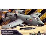 ELITE FORCE A 10A Thunderbolt II Military Plane &amp Action