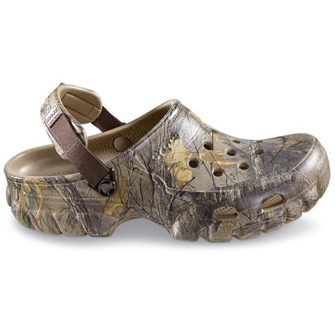 realtree mens slippers crocs s offroad camo sport clogs realtree 676336
