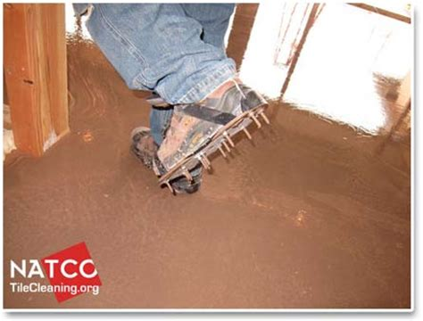 Cheap Floor Leveling Compound by How Do You Use Self Leveling Concrete Topping