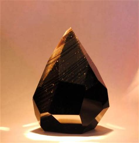 Blind To See The Obsidian Shining Trapezohedron By Mystic Prism Studio