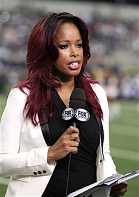 nfl female reporters brown hair erin andrews to replace pam oliver as nfl sideline