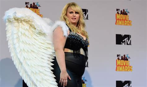 australian actress weight loss rebel wilson weight loss see pitch perfect s fat amy now