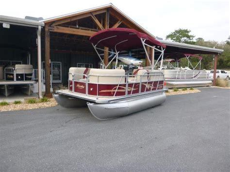 bentley pontoon boat bimini top 2017 new bentley pontoons 140 cruise pontoon boat for sale