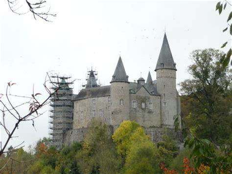 Chateau de veves marriage certificate