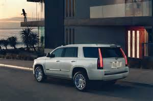 Cadillac Escalade 2017 Cadillac Escalade Reviews And Rating Motor Trend