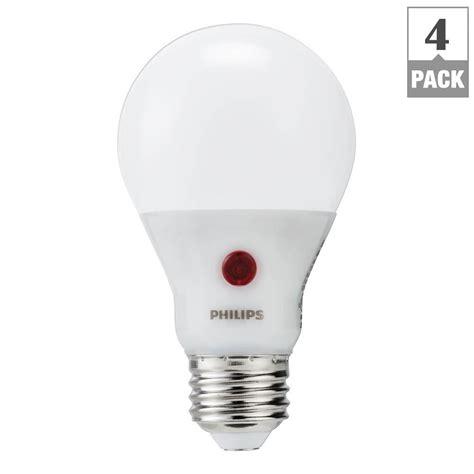 Lu Led Philips 60 Watt philips 60 watt equivalent a19 led light bulb soft white dusk till 4 pack 466565 the