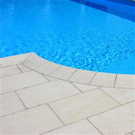 pavimenti pietra leccese fornitura e posa di marmi trani asiago biancone