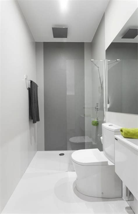 narrow bathroom design small narrow bathroom ideas pinteres