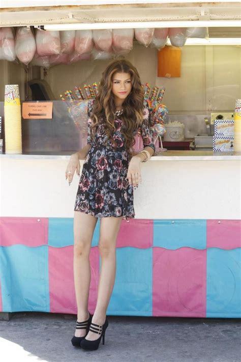 laura harrier kc undercover the lovely zendaya coleman celebrities in tights