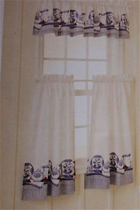 blue willow curtains blue willow pattern cafe curtains cute that s so karen