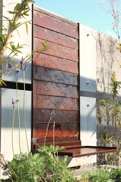 D Life Home Interiors Hunt Concrete Steel Water Feature Wall