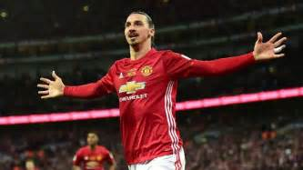 Zlatan Ibrahimovic Zlatan Ibrahimovic To Sign New United Contract This