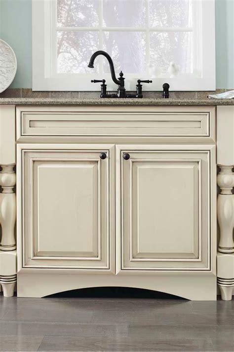 diamond bathroom cabinets 12 best bathroom cabinets diamond intrigue at lowe s