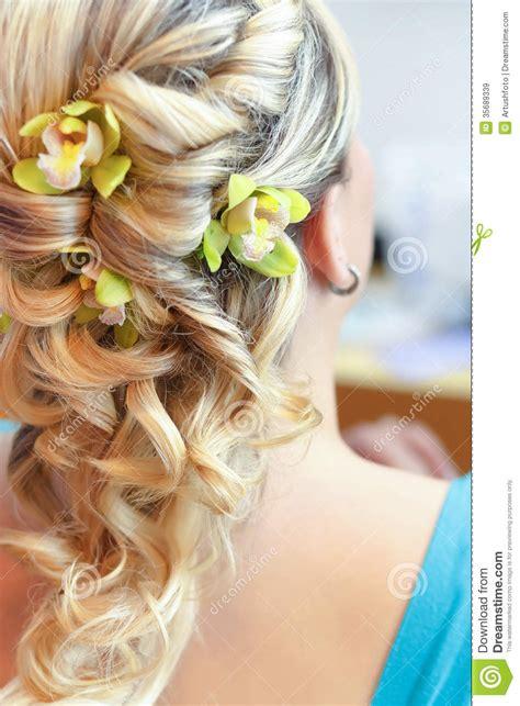 Schöne Hochzeitsfrisuren by Sch 246 Ne Hochzeitsfrisur Hintere Ansicht Lizenzfreie