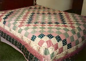 quilted with tlc quilt gallery bed size quilts