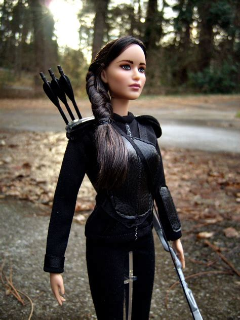 pin  morgan   hunger games doll projects hunger