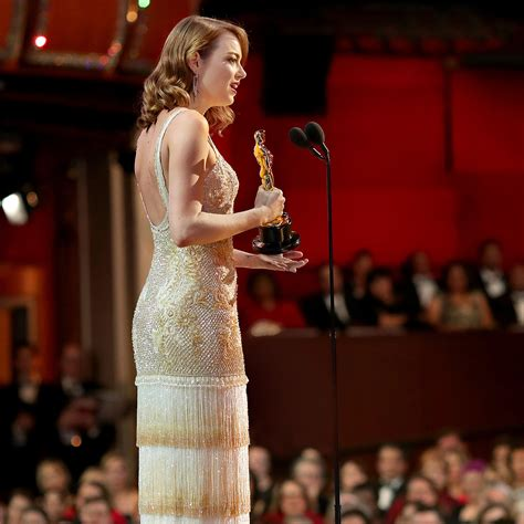emma stone x ray how to throw an elegant and totally easy oscars viewing