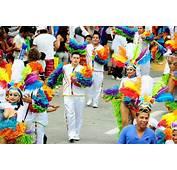 El Carnaval M&225s Alegre Del Mundo