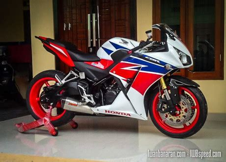 Kedok Cbr Sipit Lokal K45 Modifikasi Honda Cbr150r Ber Kaki Moge Saiisoku