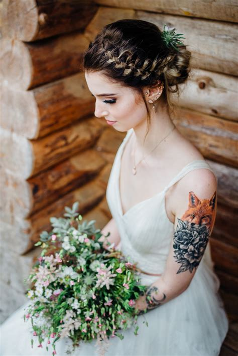 brides with tattoos fox and flowers gorgeous brides flaunting gorgeous