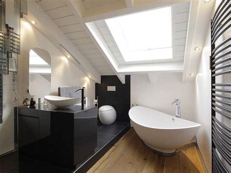 dachausbau badezimmer 7 tipps f 252 r das badezimmer unterm dach bauen de