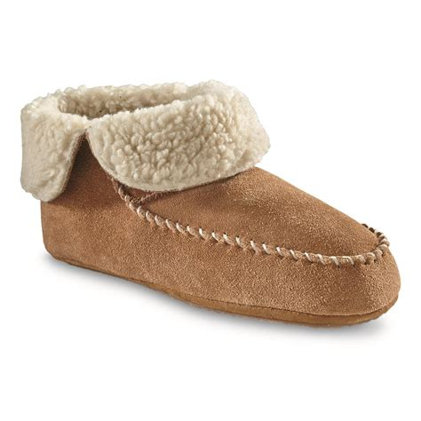 sherpa lined cozies slippers sherpa lined cozies slippers 28 images cozy sherpa