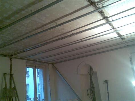 pose faux plafond placo suspendu plafond suspendu placo sur hourdis menuiserie image et