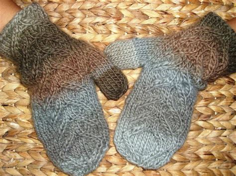 knitting pattern for mittens 10 free aran knitting patterns on craftsy