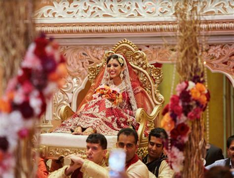 8 Best Indian Bridal Entry Songs this Wedding Season