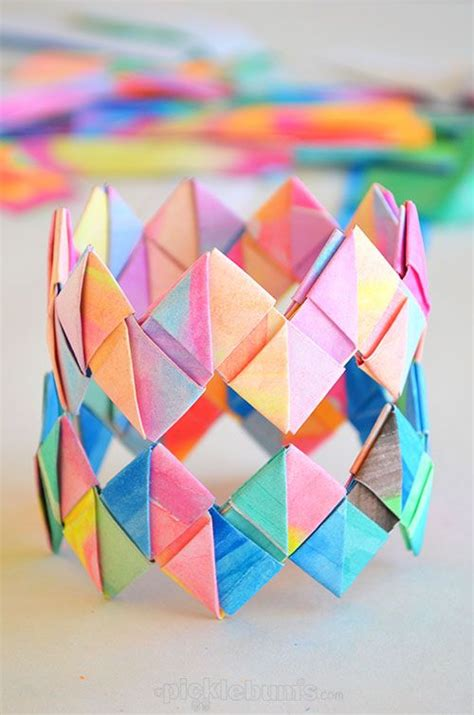 How To Make A Cool Craft Out Of Paper - 25 best ideas about crafts on