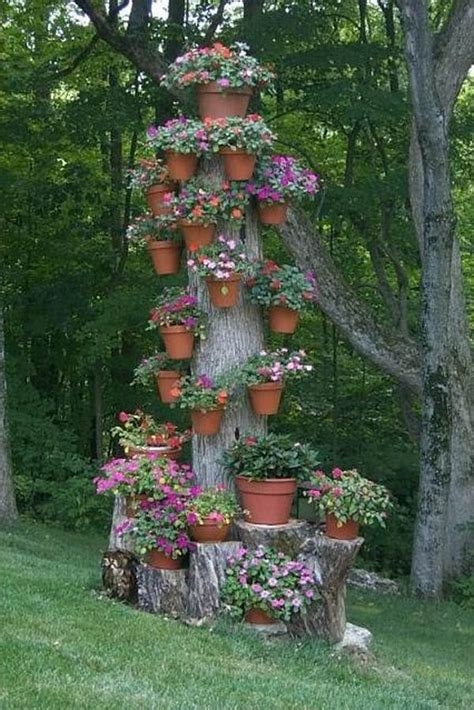 10 amazing tree stump ideas for the garden balcony