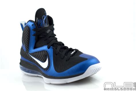 The Showcase Lebron 9 Quot Kentucky Wildcats Quot Exclusive