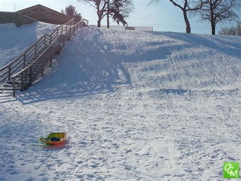 sledding michigan sledding oakland county metro detroit oakland county