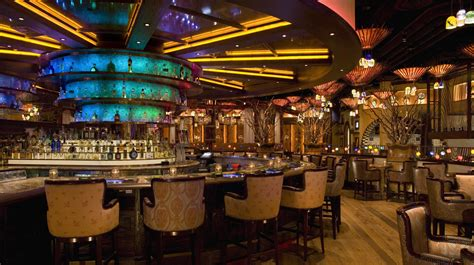 las vegas casinos where to and gamble in city