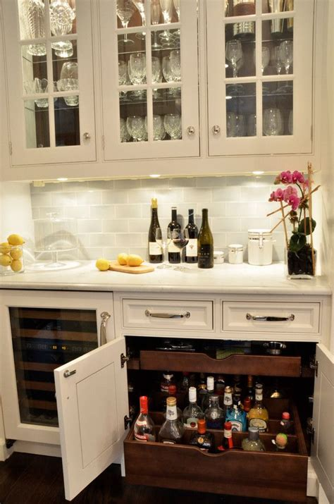 Pantry Liquor by 25 Best Ideas About Liquor Cabinet On Liquor
