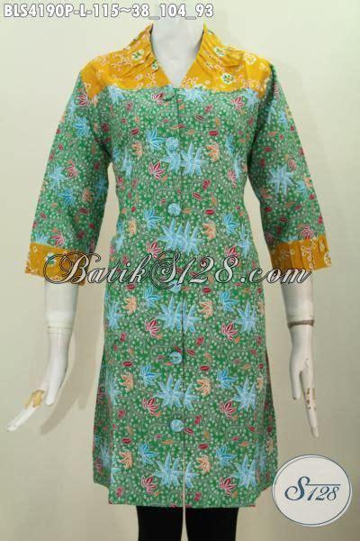 blus batik printing dua warna kerah v pakaian batik santai untuk perempuan terlihat istimewa