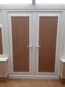 Venetian Blinds Patio Doors A Set Of Perfectfit Venetian Blinds In Doors By Http Horizonblindsblackpool Co Uk