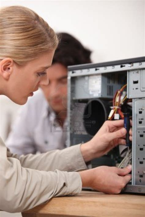 computer repair technician jobs www imgkid com the