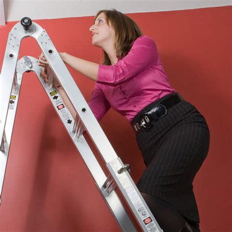 Poser Un Plafond la technique pour poser un plafond tendu